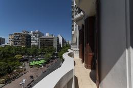 Foto Oficina en Venta   Alquiler en  Centro (Montevideo),  Montevideo  Av. 18 de Julio frente a Plaza del Entrevero
