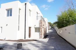 Foto Casa en Venta en  General Pacheco,  Tigre  Corrientes al 300