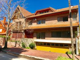 Foto Casa en Alquiler en  Martinez,  San Isidro  Presidente Quintana al 1500
