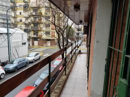 Foto Casa en Venta en  P.Centenario ,  Capital Federal  Ramos Mejia 722