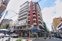Foto Departamento en Venta en  Balvanera ,  Capital Federal  Sarmiento y Azcuenaga