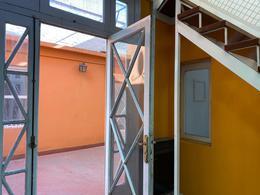 Foto PH en Venta | Alquiler en  San Cristobal ,  Capital Federal  PH con terraza y parrilla en San Cristobal