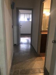 Foto Apartamento en Venta en  Centro (Montevideo),  Montevideo  Magallanes y Paysandu - 2 dorm, 2 baños con patio!!!