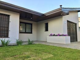 Foto Casa en Venta en  Adrogue,  Almirante Brown  DE LA PEÑA, J. 271
