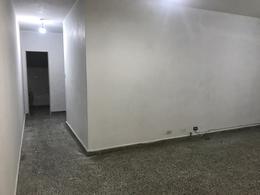 Foto thumbnail Departamento en Alquiler en  Lomas De Zamora ,  G.B.A. Zona Sur  JUNIN 136