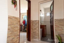 Foto Casa en Venta en  Carrasco Norte ,  Montevideo  Casa  Venta 2 dormitorios, Próxima  a Portones Shopping