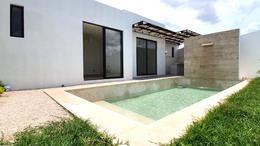 Foto Casa en Venta en  Pueblo Chichi Suárez,  Mérida  PRIVADA ACACIAS MODELO E