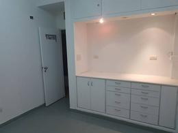 Foto Oficina en Alquiler en  Área Centro Este ,  Capital  SANTA FE al 600. Oficinas /Consultorios en Alquiler