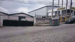 Foto Galpón en Venta | Alquiler en  Carcelén,  Quito  CARCELEN