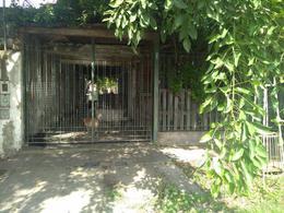 Foto Casa en Venta en  Las Delicias,  Rosario  italia al 5600