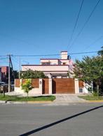 Foto Casa en Venta en  Haedo Sur,  Haedo  Luis Viale al 200