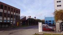 Foto Galpón en Alquiler en  Bernal,  Quilmes  Avenida Lamadrid 1600 Quilmes
