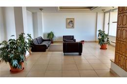 Foto Departamento en Venta en  Centro,  San Carlos De Bariloche  Costanera y Onelli