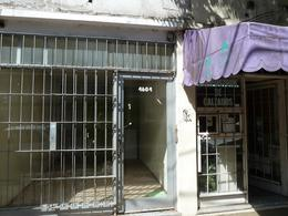 Foto Local en Alquiler en  Villa Ballester,  General San Martin  Buenos Aires al 4600