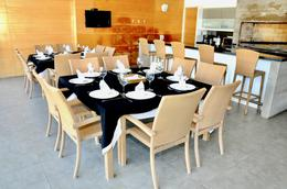 Foto Apartamento en Venta | Alquiler temporario en  Playa Mansa,  Punta del Este  Rambla Williman y José Terradel
