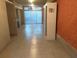 Foto Local en Venta en  Colegiales ,  Capital Federal  LOCAL con patio  - giribone al 1200