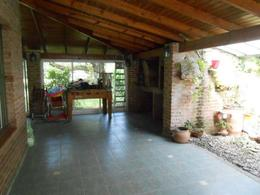 Foto thumbnail Casa en Venta en  Barrio Parque Leloir,  Ituzaingo  Media Caña al 3000