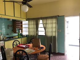 Foto Casa en Venta en  Moron Sur,  Moron  Ozanam al 900