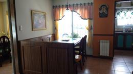 Foto Casa en Venta en  Jose Marmol,  Almirante Brown  Erezcano 1109