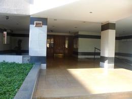 Foto thumbnail Departamento en Venta en  Capital ,  San Juan  Laprida entre catamarca y sarmiento al 200