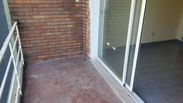 Foto Departamento en Venta en  Mataderos ,  Capital Federal  Pola al 1100 mataderos R, departamento 2 ambientes con balcón al frente.