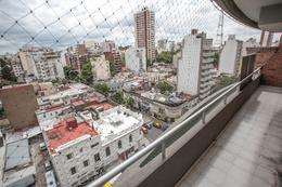 Foto Departamento en Venta en  Flores ,  Capital Federal  Av. Carabobo al 200