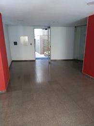 Foto Departamento en Alquiler en  Nueva Cordoba,  Capital  Chacabuco al 600