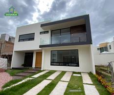Foto Casa en Venta en  Fraccionamiento Ex-Hacienda la Luz,  Pachuca  Casa en Venta en Ex Hacienda La Luz