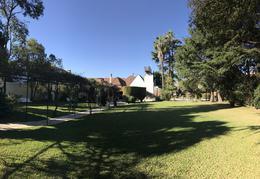 Foto Casa en Venta en  Olivos,  Vicente López  Corrientes entre Wineberg y Salta