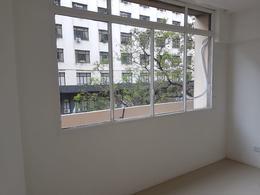 Foto Oficina en Alquiler en  Microcentro,  Centro  Av. Roque S. Peña 900 2°