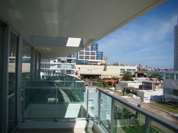 Foto Departamento en Venta en  Playa Mansa,  Punta del Este  Gala Tower, 302, Playa Mansa, Maldonado