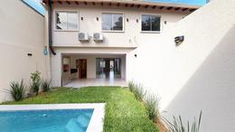 Foto Casa en Venta | Alquiler en  Mburucuya,  Santisima Trinidad  Zona Restaurante Tierra Colorada