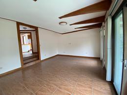 Foto Casa en Renta en  San Rafael,  Escazu  Los Laureles/ Espacios Iluminados/ Excelente Ubicación/ Área Social/ Amplio Jardín
