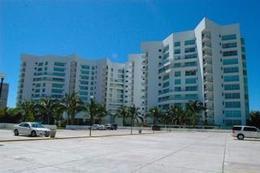 Foto Departamento en Venta   Renta temporal en  Fraccionamiento Playa Diamante,  Acapulco de Juárez  TIKAL PB