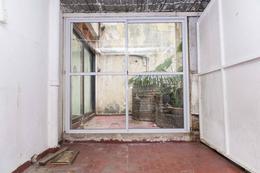 Foto Local en Alquiler en  Recoleta ,  Capital Federal  PEÑA al 2400