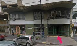 Foto Cochera en Venta en  Adrogue,  Almirante Brown  MITRE nº 1091, entre Somellera y Macías