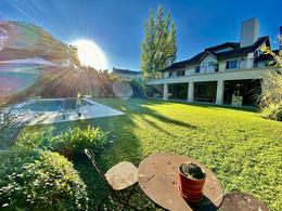 Foto Casa en Venta en  Pacheco Golf Club,  Countries/B.Cerrado (Tigre)  Pacheco Golf al 200