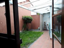Foto PH en Venta en  La Plata ,  G.B.A. Zona Sur          41 e/ 137 y 138