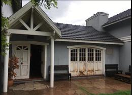 Foto thumbnail Casa en Venta en  Barrio Parque Leloir,  Ituzaingo  Media Caña al 3700