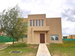 Foto Casa en Venta en  Los Talas ,  Canning (Ezeiza)  Venta - Casa en Los Talas - Canning. ACEPTA PERMUTA MENOR VALOR.