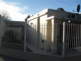Foto Casa en Venta en  Adrogue,  Almirante Brown  Presidente Peron (ex Gorriti) 1001
