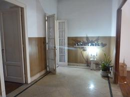 Foto Casa en Venta en  Almagro ,  Capital Federal  Moreno al 3500, esquina Boedo.