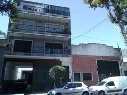 Foto Local en Venta en  Villa Crespo ,  Capital Federal  Acevedo al 1000