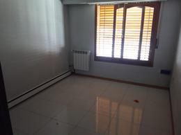 Foto Casa en Venta en  La Plata,  La Plata  137 ESQ 35bis