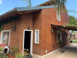 Foto Casa en Venta en  Funes ,  Santa Fe  Esquiu al 1500