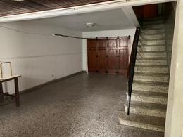Foto Casa en Alquiler en  Balcarce ,  Interior Buenos Aires          CALLE 28 AL 900