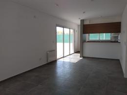 Foto Casa en Venta en  Valle Escondido,  Countries/B.Cerrado (Cordoba)  AV. REPUBLICA CHINA 100