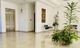 Foto Departamento en Venta en  La Plata ,  G.B.A. Zona Sur  8 E/ 65 y 66