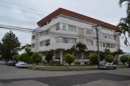 Foto Departamento en Renta en  San Antonio,  Escazu  Rohrmoser, Nunciatura Apartamento full amueblado 3 hab. con vistas $ al 1400