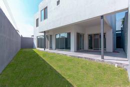 Foto Casa en Venta en  Del Valle,  San Pedro Garza Garcia     CASA EN VENTA EN VALLE, SAN PEDRO GARZA GARCIA